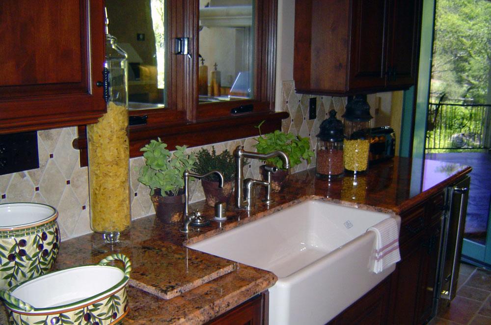 Granite Kitchen with Apron Sink
