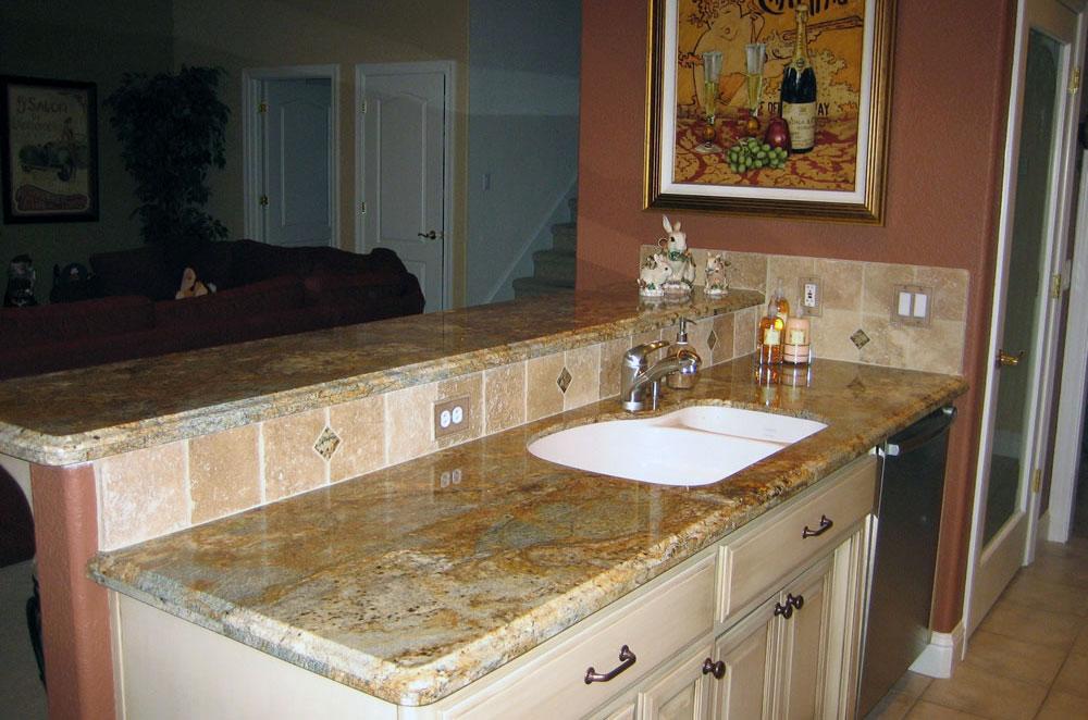 Granite Kitchen with Undermount Sink