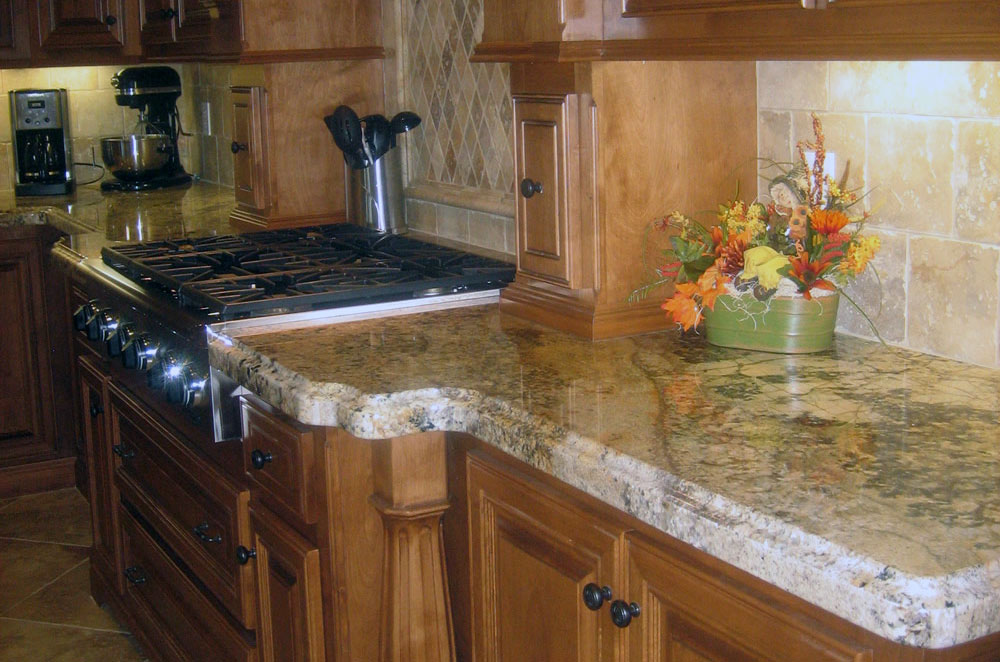 Granite Kitchen Perimeter with Ogee Eased Edge
