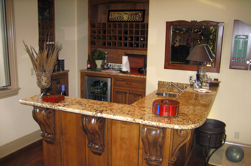 Granite Raised Wetbar