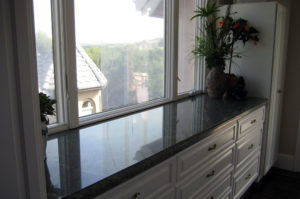 Granite Counter with Ogee Eased Edge