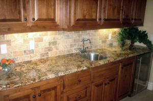 Granite Wetbar with Undermount Sink and Ogee Bullnose Edge