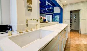 Quartz Kitchen Countertops and Surfaces