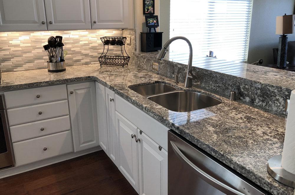 Sparkle Gray Granite Eased Edge Plummer